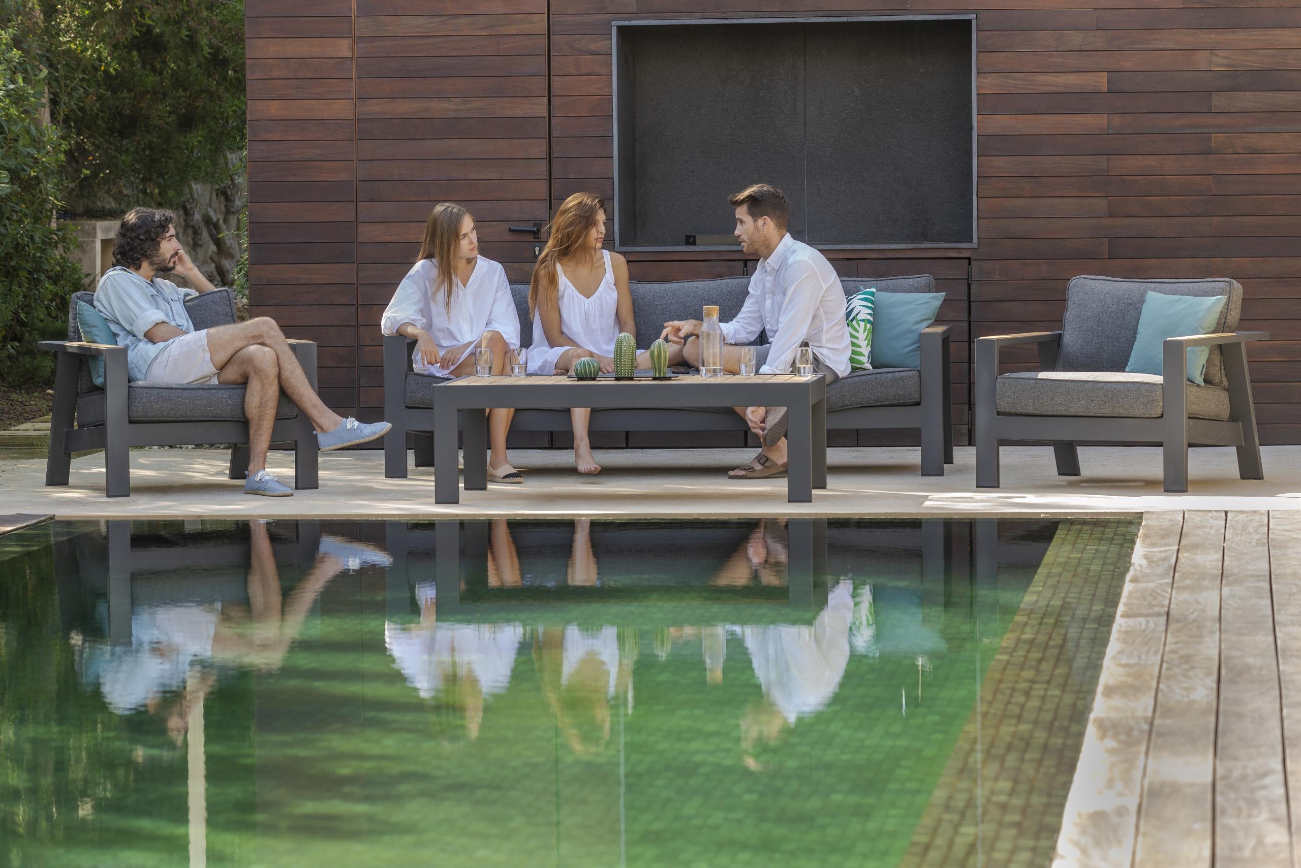 Cómo disfrutar de tus muebles de exterior para terraza